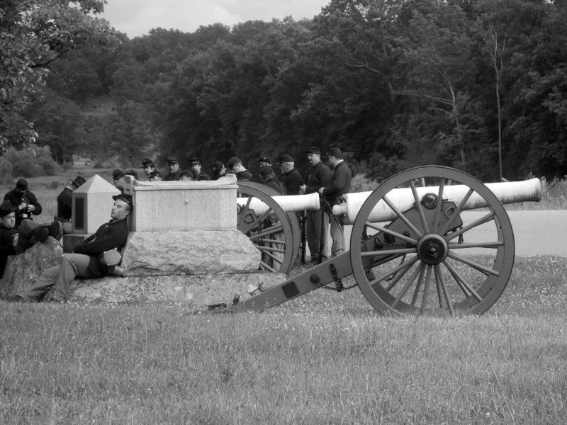 Cannon1BW